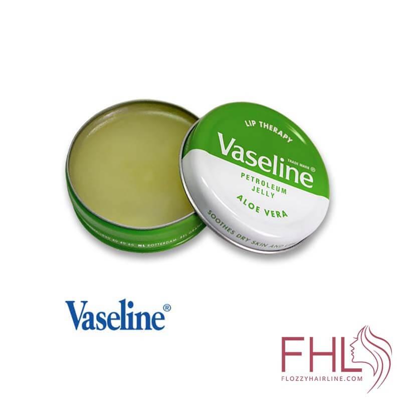 Vaselin Aloe Vera Lip Therapy Petroleum Jelly